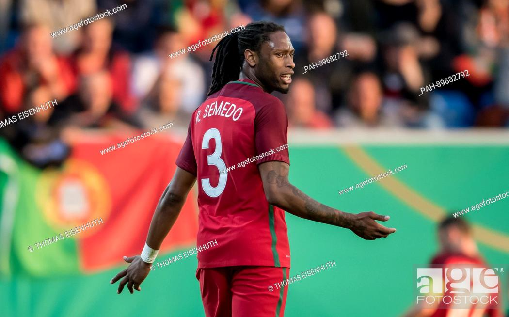 Foto de stock - Portugal s Ruben Semedo in action during the international  under-21 (U-21) soccer match between Germany and Portugal in Stuttgart 724ae68f22886