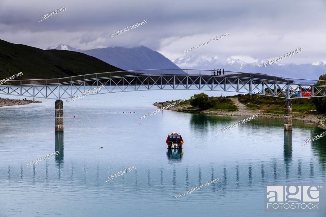 Stock Photo: Lake Tekapo, Canterbury Region, South Island, New Zealand.