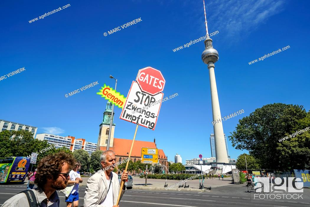 Stock Photo: 01.08.2020, Berlin, impression of the so-called lockdown-large demo, for which the organizer, the Querdenker movement (lateral thinking 711) from Stuttgart has.