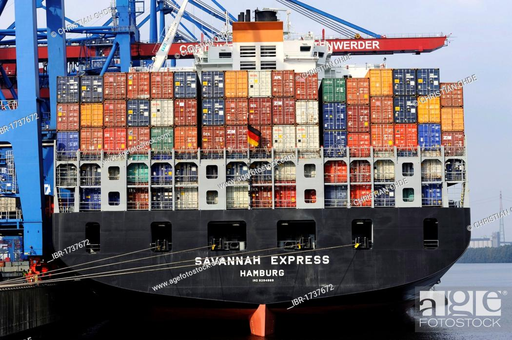 Savannah Express container ship at the Altenwerder Container