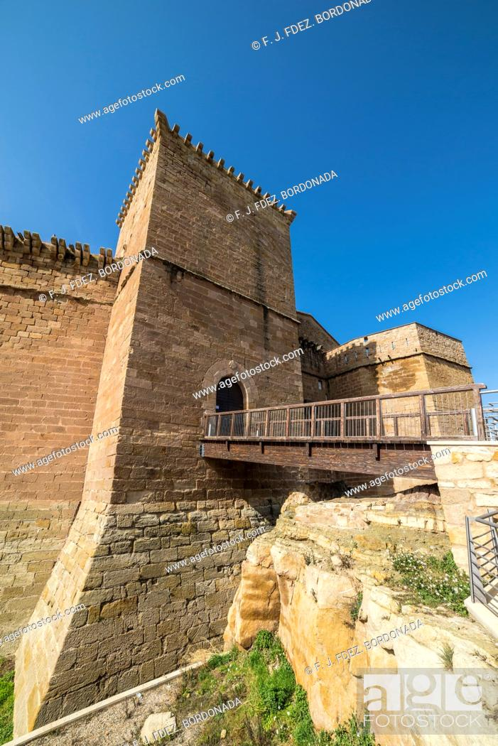 Stock Photo: Juan Fernandez de Heredia fortified palace by day. Mora de Rubielos, Comarca of Gudar-Javalambre, Teruel, Aragon, Spain.