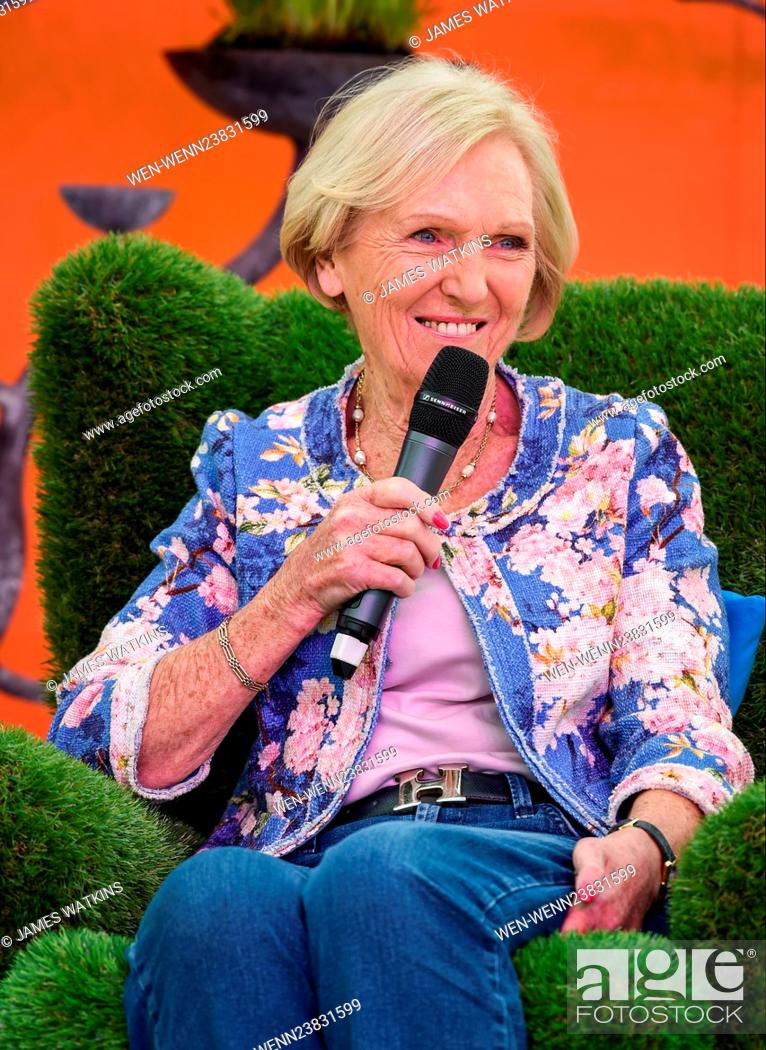 Mary Berry Makes A Special Appearance Onstage At The Rhs Malvern Spring Festival And Is Joined By An Stock Photo Picture And Rights Managed Image Pic Wen Wenn23831599 Agefotostock