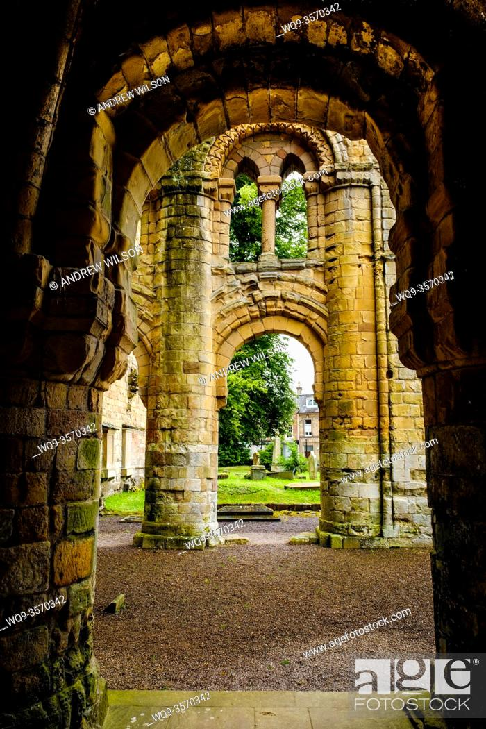 Stock Photo: The ruins of Jedburgh Abbey, Jedburgh, Scottish Borders.