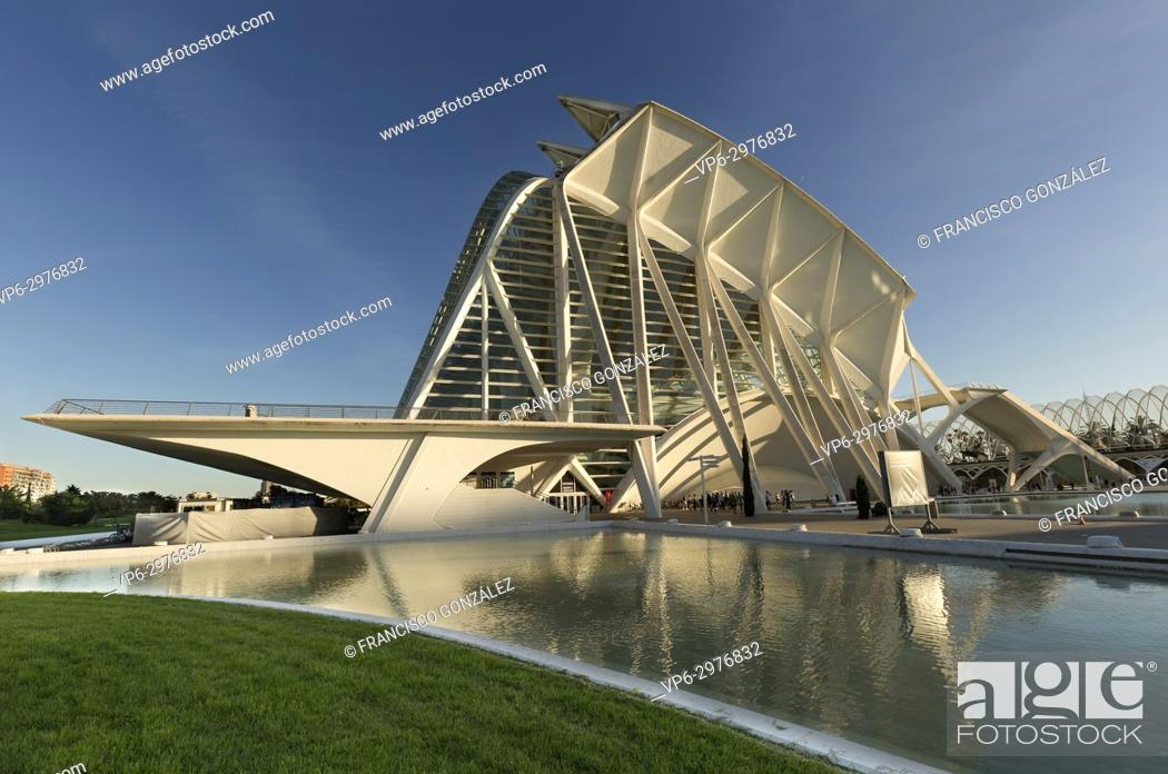 Photo de stock: Valencia, Spain. October 25, 2017: The Prince Felipe Science Museum a Spanish museum dedicated to science, technology and the environment.