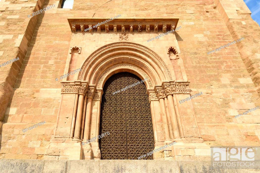 Stock Photo: Door of La Anunciata, Cathedral de Lleida, La Seu Vella, Catalonia, Spain.