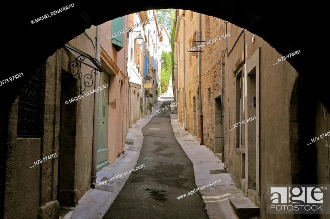 Stock Photo: France, Herault, Pezenas, Languedoc Roussillon, le ghetto et le quartier juif.