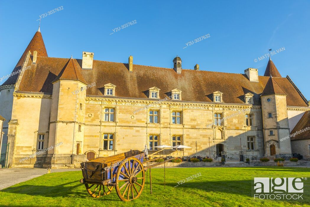 Stock Photo: Castle - Château de Chailly-Sur-Armançonin - in a Sunny Day in Burgundy, France.