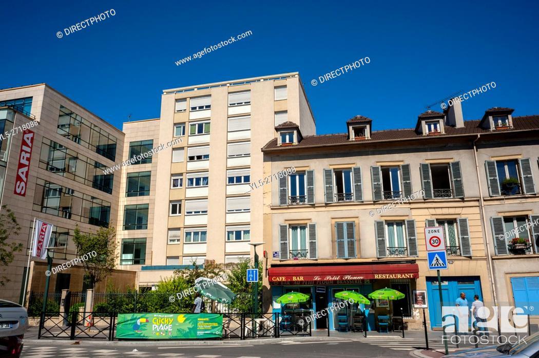 Imagen: Clichy, France, Street Scene, Modern Architecture, Buildings, Porte de Clichy. Paris Suburb.