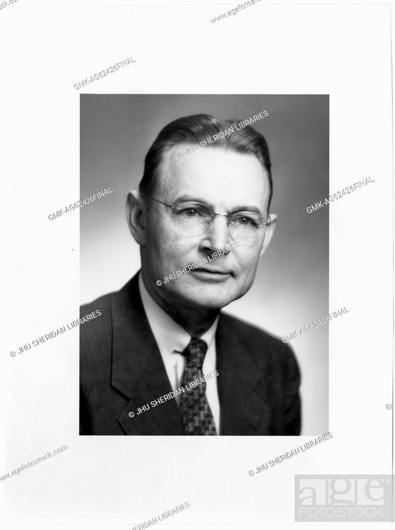Imagen: Alfred Huntington Burnham, Jr Portrait photograph, Chest up, Full face, c 55 years of age, 1950.