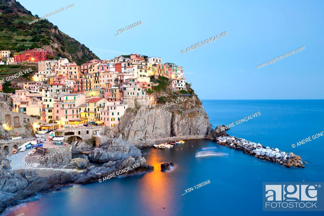 Stock Photo: Manarola, Cinque Terre, Liguria, Italy.