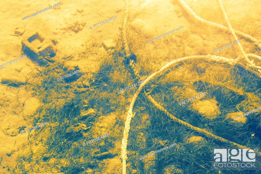Stock Photo: Underwater, Rope.