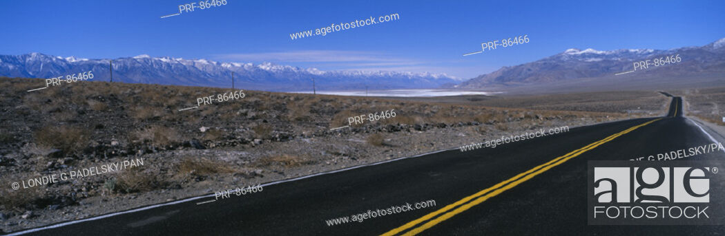Stock Photo: Road Owens River Valley CA.
