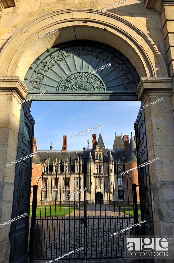 Imagen: Chateau de Maintenon, Eure-et-Loir department, Centre-Val de Loire region, France, Europe.