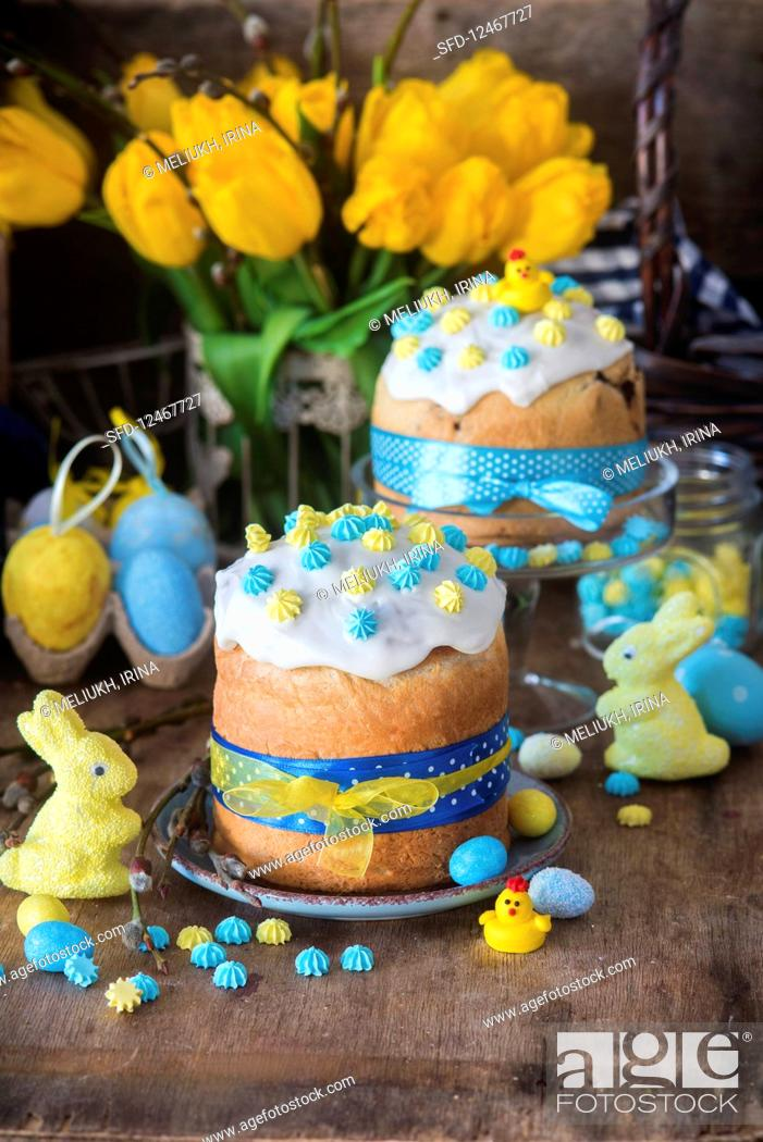 Stock Photo: Easter cake kulich (Russia).