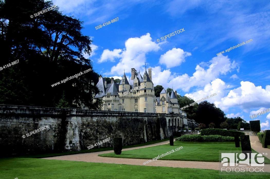 Stock Photo: France, Loire Region, Near Chinon, Usse Chateaux, View of Castle.