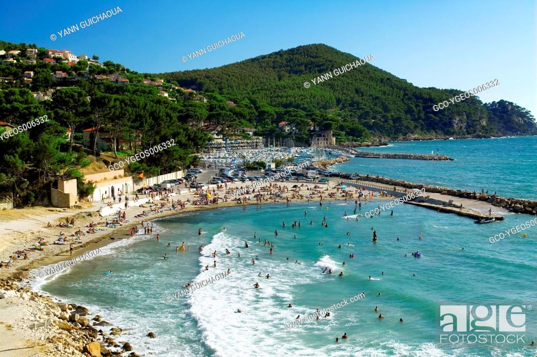 Stock Photo: Saint-Cyr Sur Mer, Var, Provence, France.