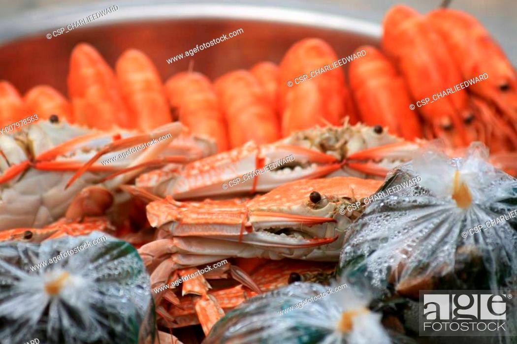 Stock Photo: Cooked crabs and prawns, Thailand.