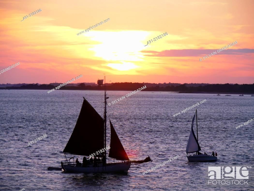Stock Photo: France, Brittany, Morbihan, Port Navalo, Houat island.