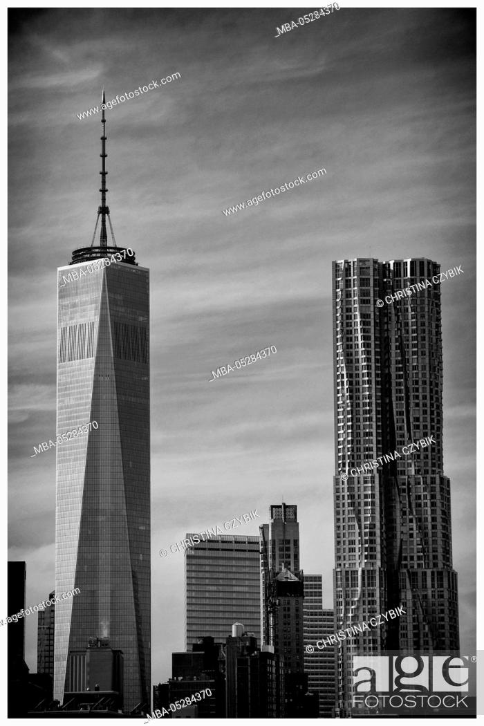 Stock Photo: View on the Skyline of Manhattan from Brooklyn Bridge, New York.