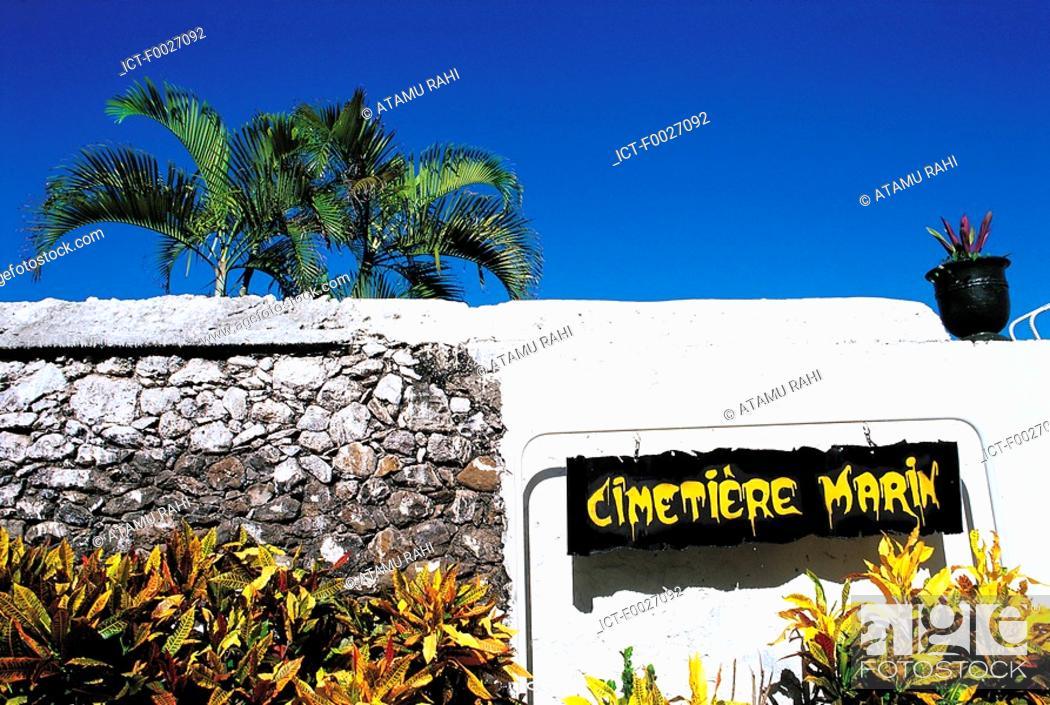 Stock Photo: Reunion, Saint-Paul, maritime cemetery.