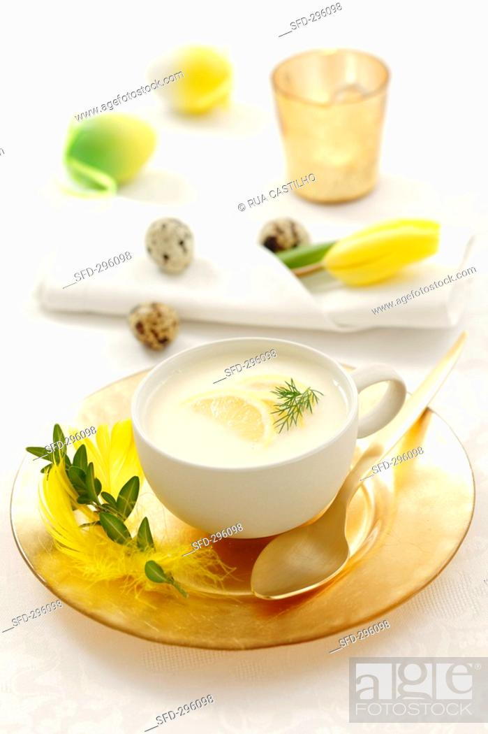 Stock Photo: Cream of lemon soup.
