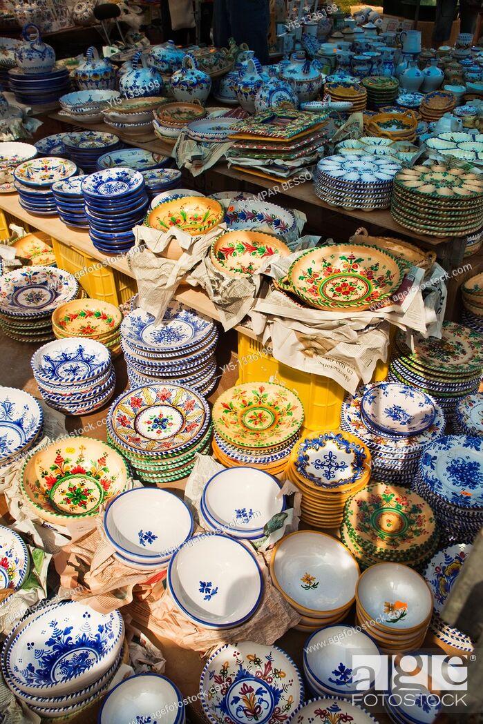 Stock Photo: Escuraeta. Typical street market only in May. Pottery market. Plaza de la Reina. Valencia. Spain.