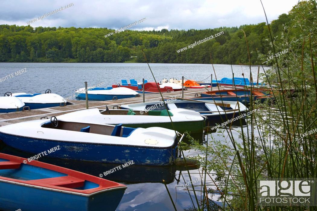 Stock Photo: Pulvermaar near Gillenfeld, Eifel, Rhineland-Palatinate, Germany, Europe.
