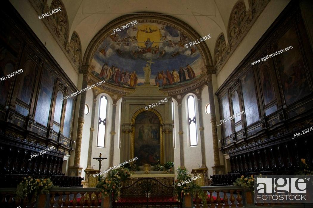 Stock Photo: Interiors of cathedral, Cathedral Of Santa Maria Assunta, Montagnana, Veneto, Italy.