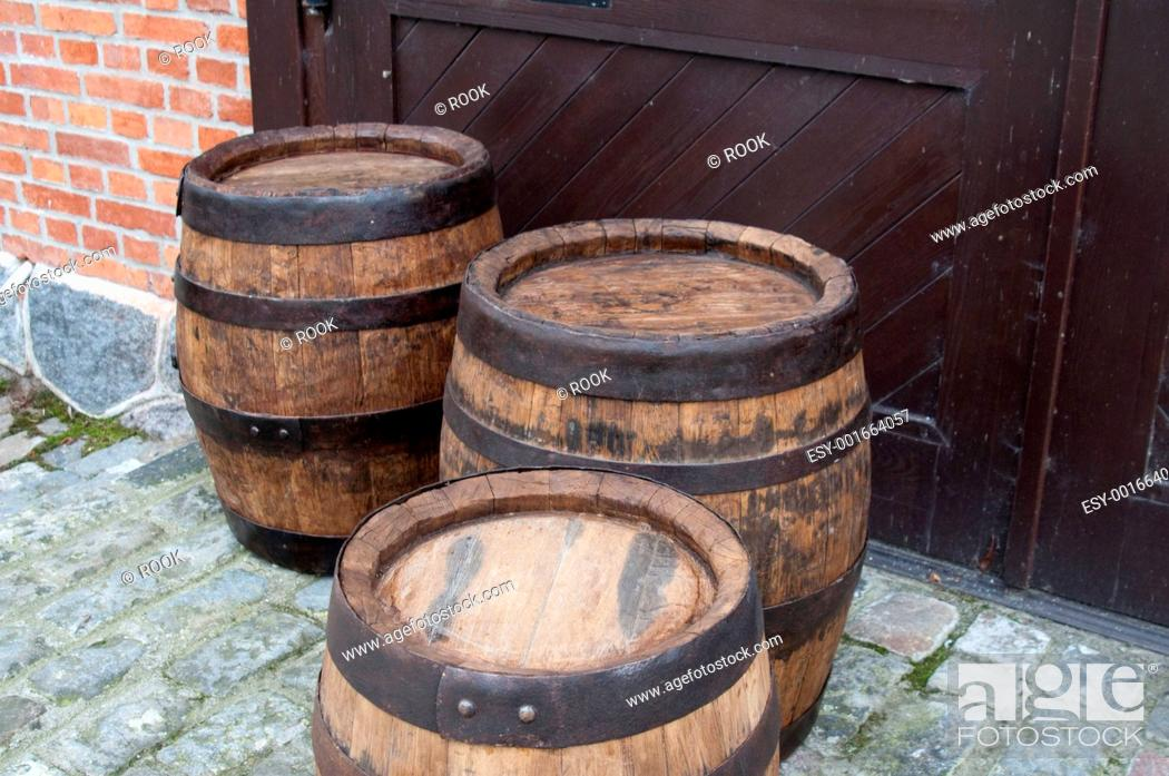 Stock Photo: barrel.