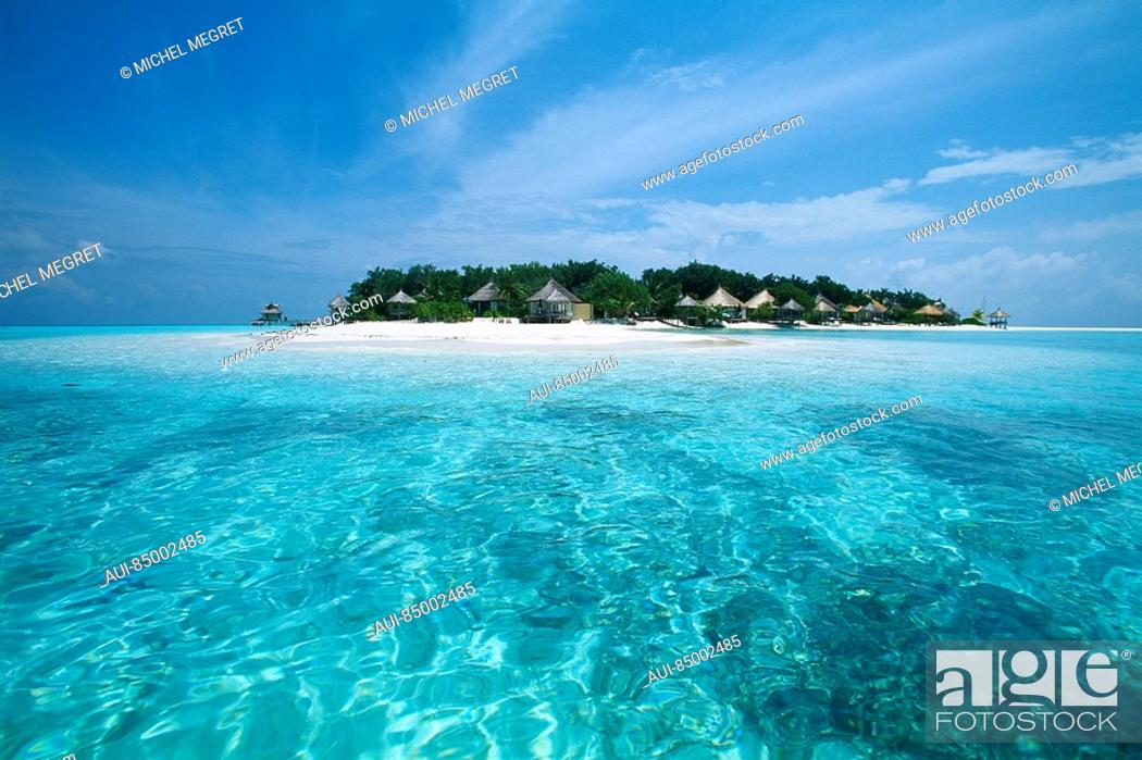 Stock Photo: Maldives - Banyan Tree Resort - Vabbinfaru Island.