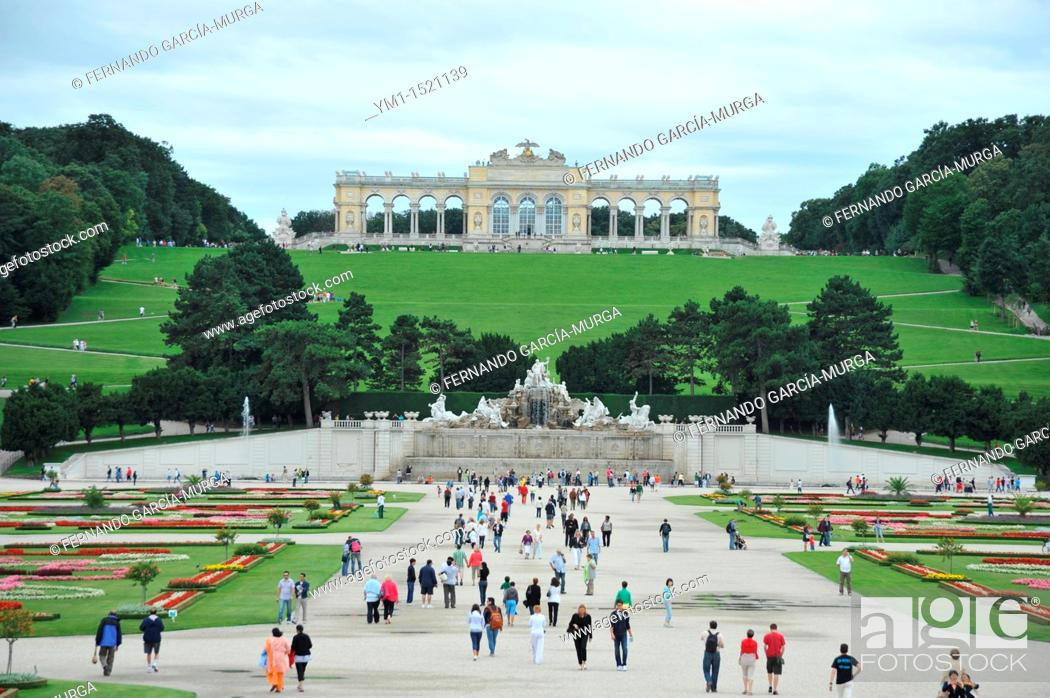 Schönbrunn Palace Façade\'s Garden Vienna Austria The emperor Leopold ...