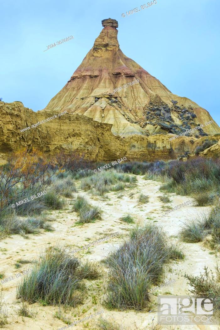 Imagen: Castildetierra and desert. Las Bardenas Reales Natural Park. Navarre, Spain, Europe.