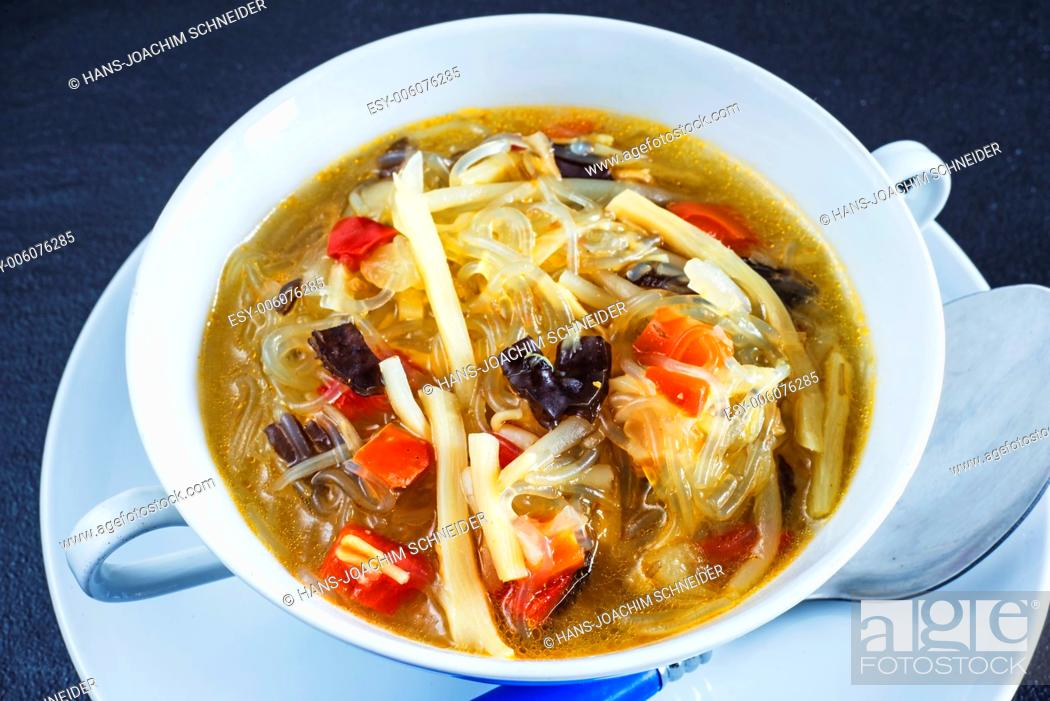 Stock Photo: Thai soup with glass noodles and mushroom.