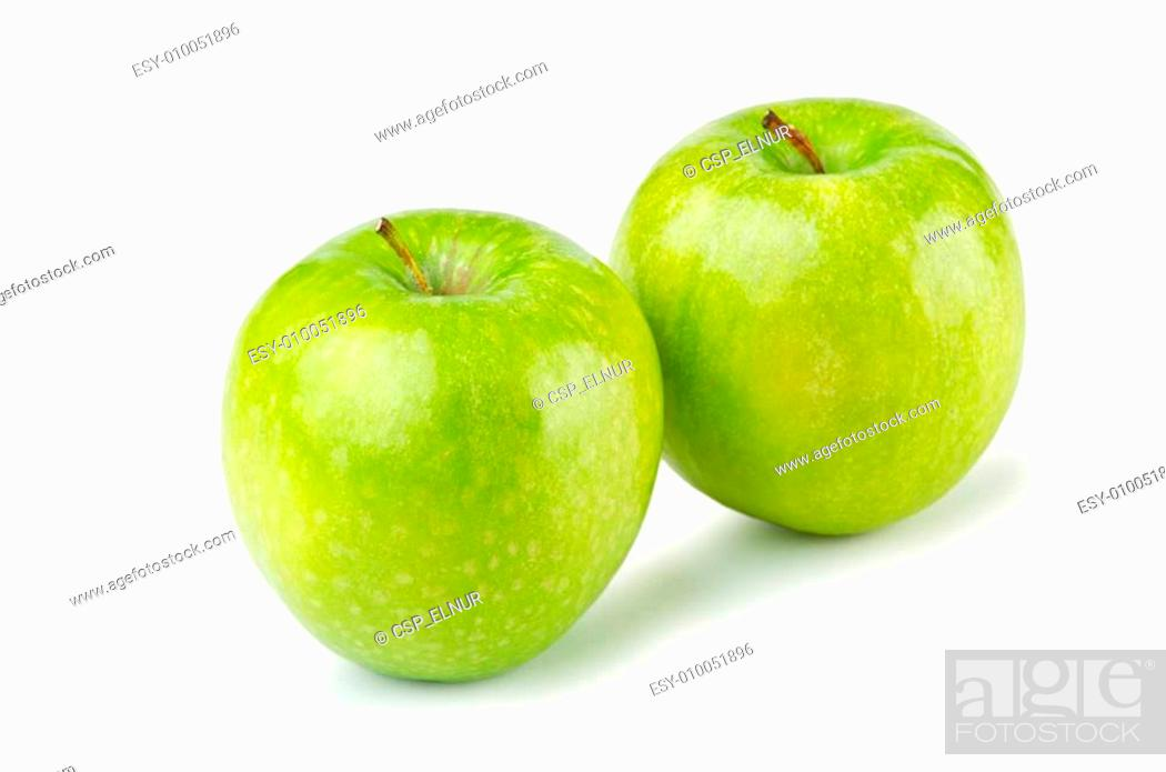 Imagen: Green apples isolated on the white background.
