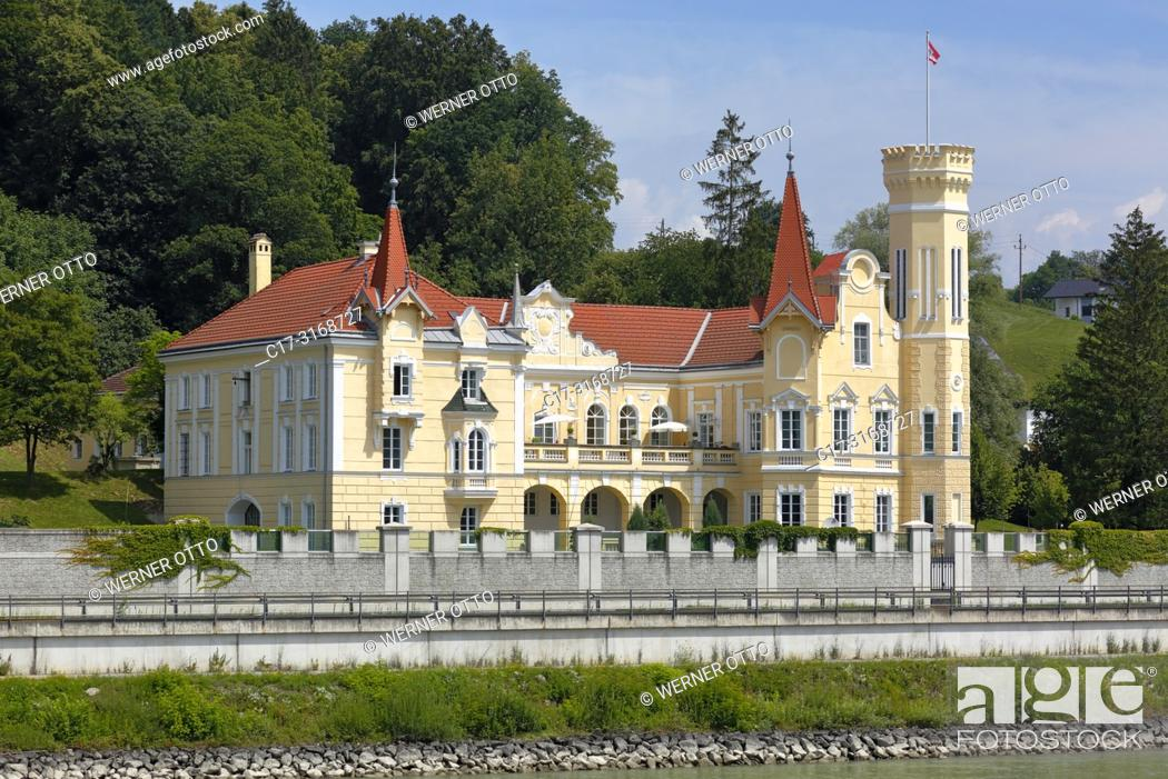 Stock Photo: Saxen an der Donau, Dornach, Austria, Upper Austria, District Perg, Saxen an der Donau, Machland, Muehlviertel, Strudengau, Dornach Castle at the Danube bank.