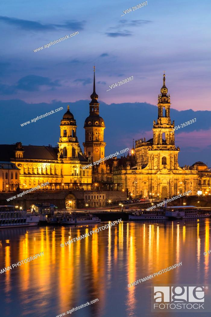 Imagen: View of the Brühl Terrace with Hausmann Tower and Hofkirche and the river Elbe in the foreground at twilight, Dresden, Saxony, Germany, Europe.