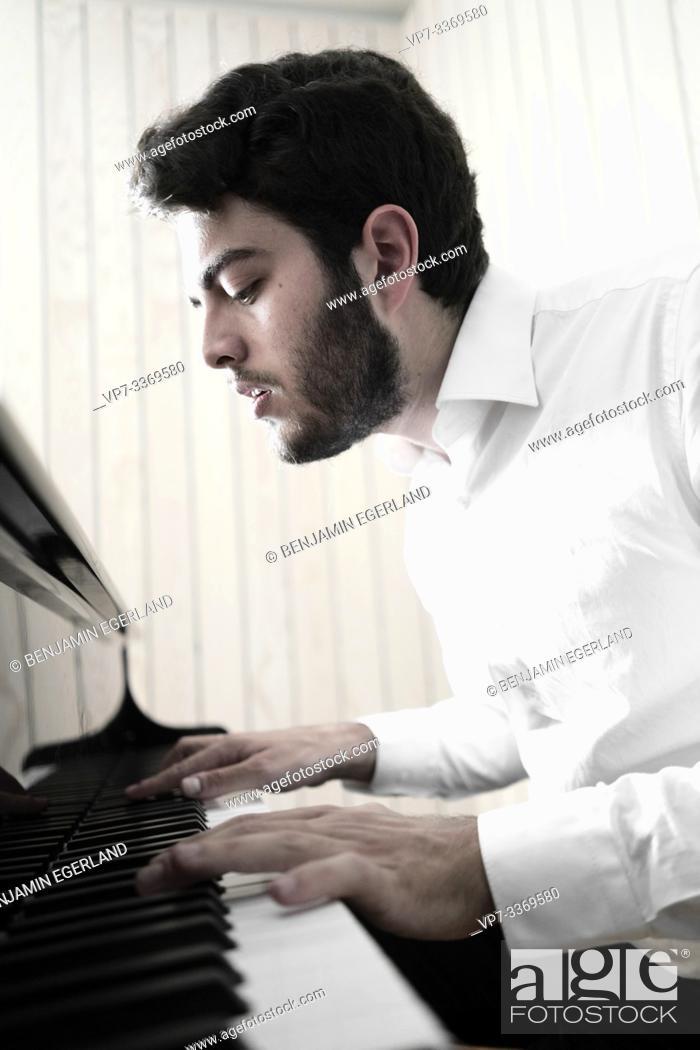 Imagen: pianist.