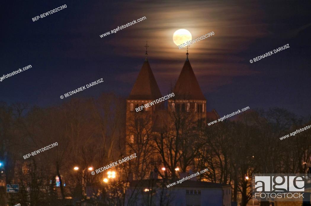 Stock Photo: Romanesque Church of the Blessed Virgin Mary - Basilica Minor. Inowroclaw, Kuyavian-Pomeranian Voivodeship, Poland.