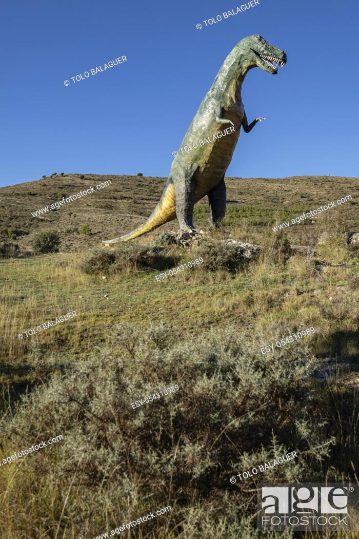 Stock Photo: Tarbosaurio, Tarbosaurus bataar, reproduccion a tamaño natural, yacimiento de Valdecevillo, Enciso, La Rioja , Spain, Europe.