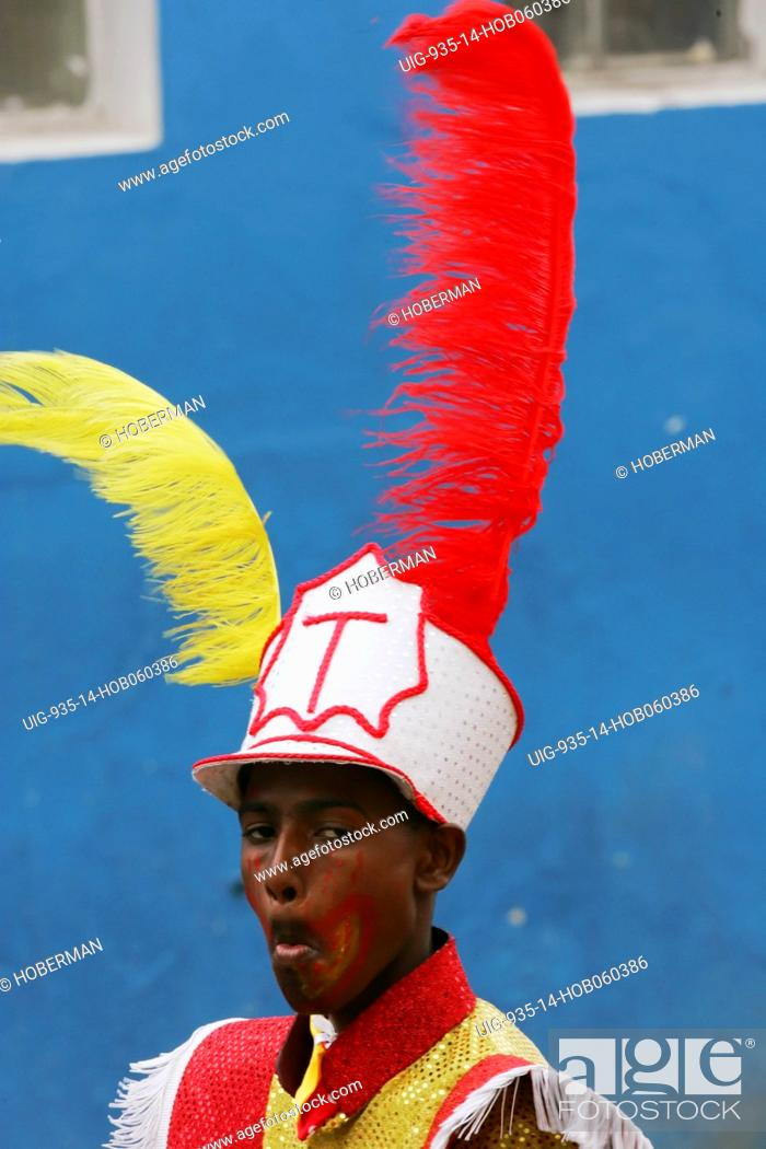 Stock Photo: Traditional Cape Town Klopse music carnival.