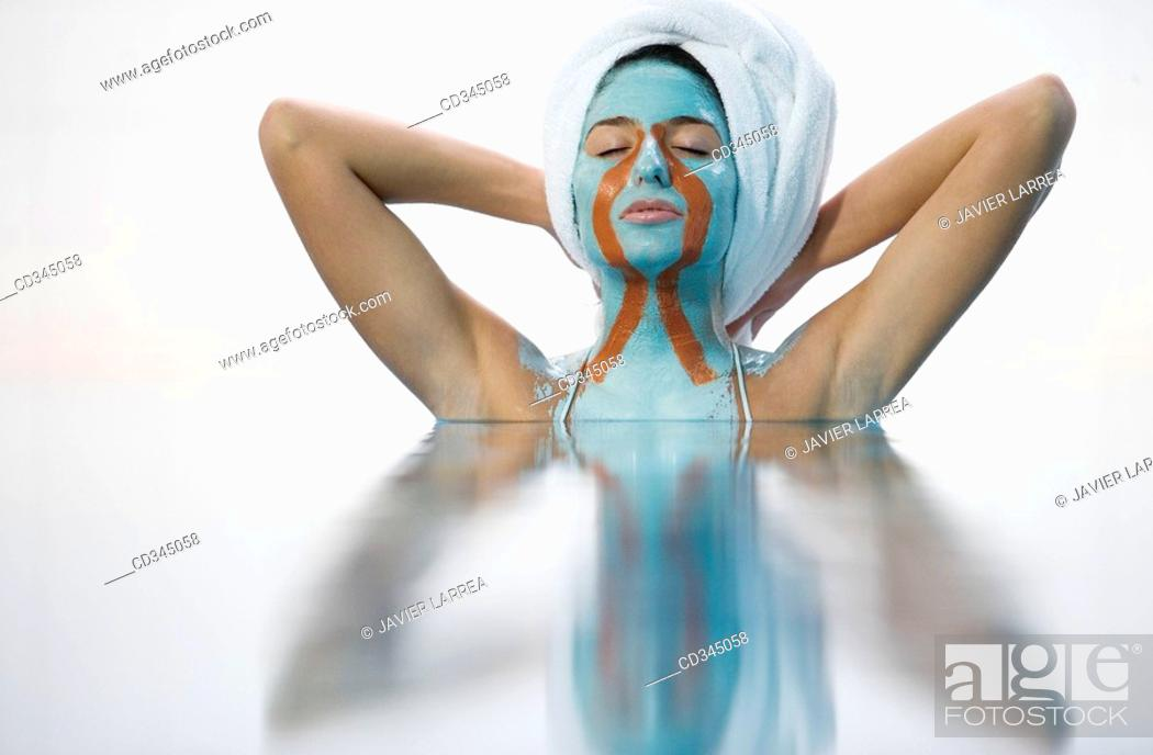 Stock Photo: Body mud, La Phyto personalized treatment. 100% natural active principles: seaweeds, clays, oligo-elements, essential oils, plant extracts, cereals, etc.