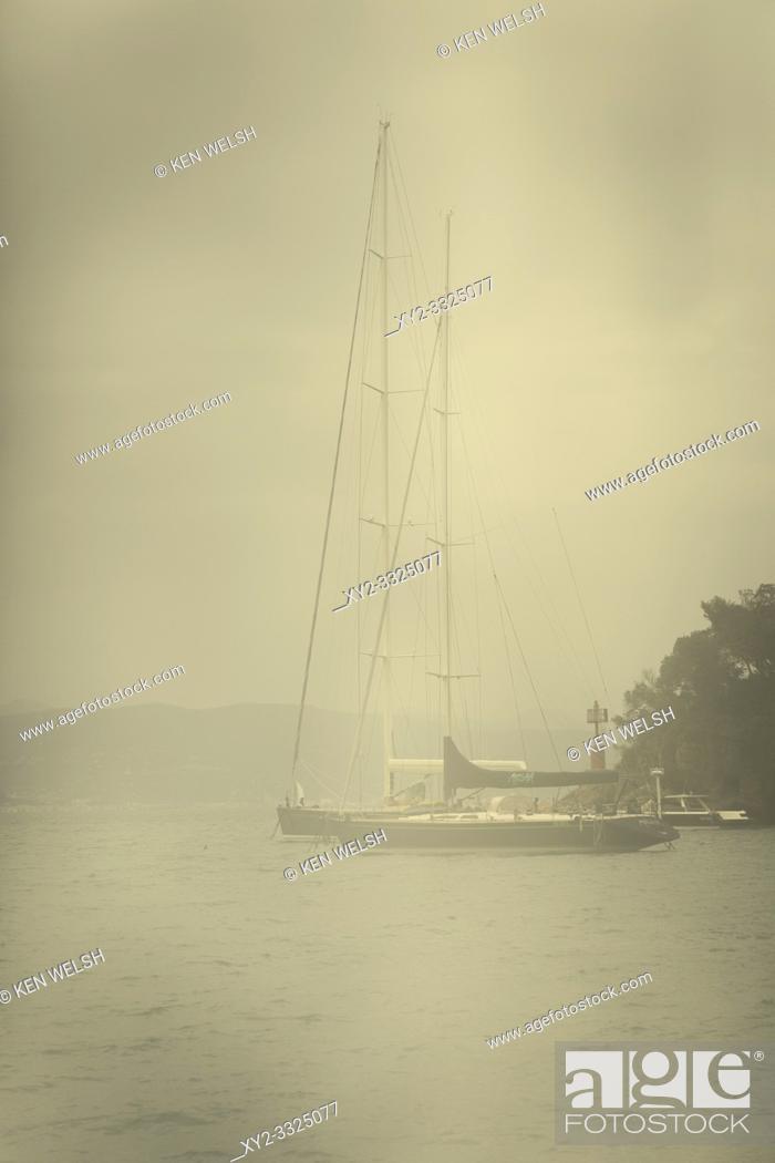 Photo de stock: Portofino, Genoa Province, Liguria, Italian Riviera, Italy.