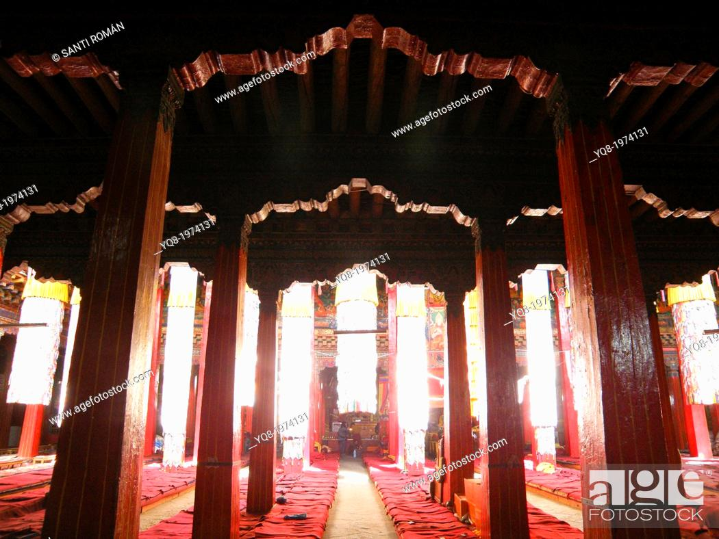 Stock Photo: Potala Palace in Lhasa, Tibet, China.