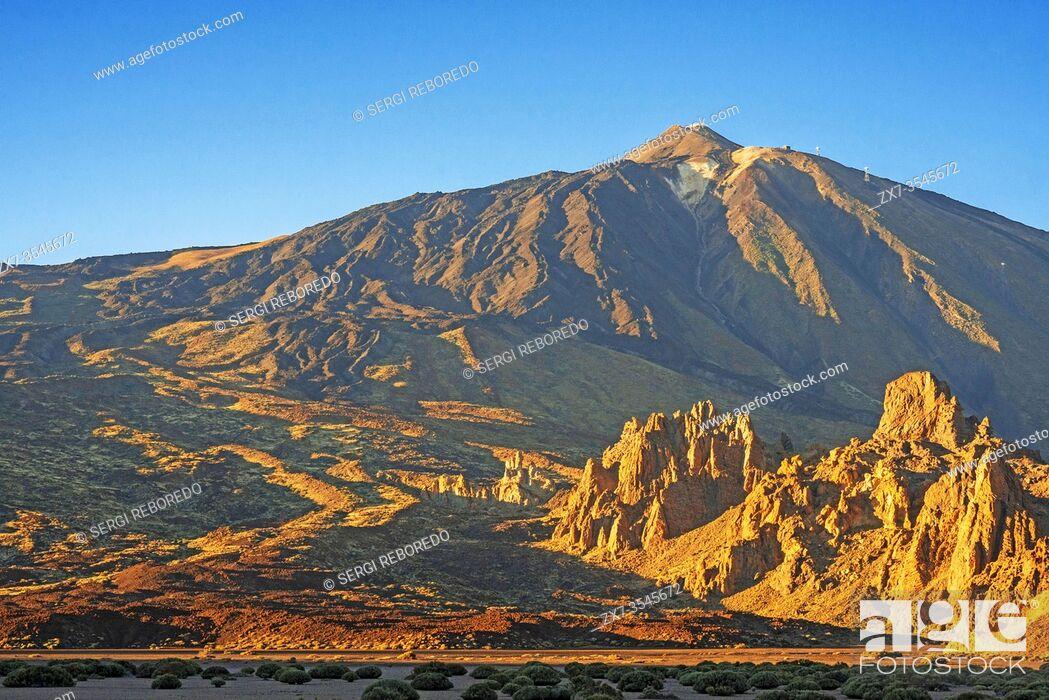 Stock Photo: Teide peak and Mountain landscape at Las Canadas, Parque Nacional del Teide, Tenerife, Canary Islands, Spain.