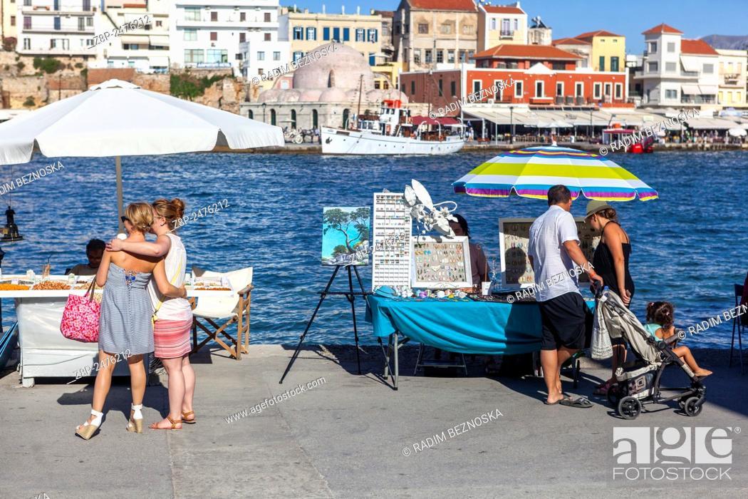 Imagen: Old Venetian port of Chania, Crete, Greek Islands, Greece, Europe.
