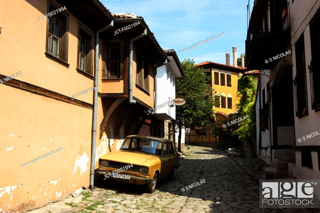 Stock Photo: Bulgaria, Plovdiv, old city, lane.