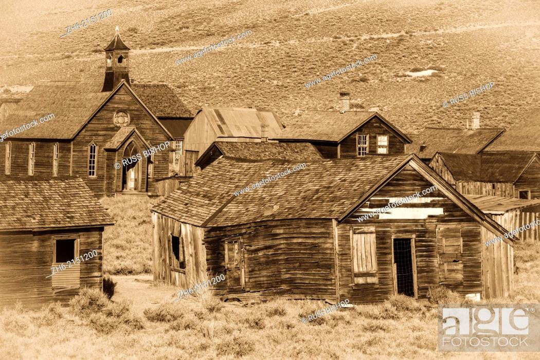 Stock Photo: Weathered buildings in the ghost town of Bodie, Bodie State Historic Park, California USA.