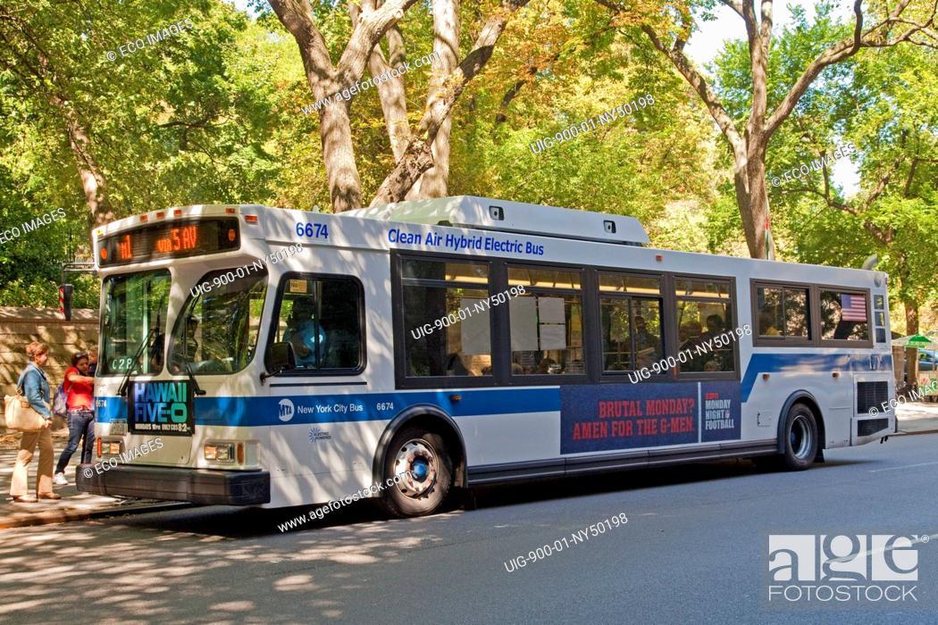 Clean Air Hybrid Electric Bus, 5th Avenue, Manhattan, New
