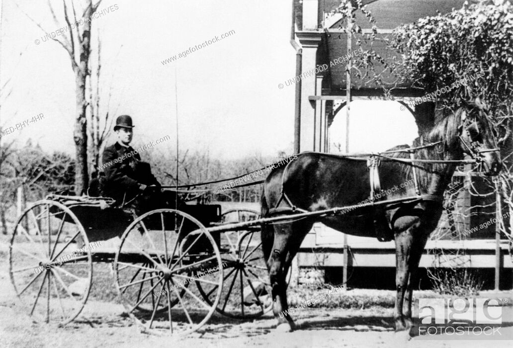Stock Photo: Ridgewood, New Jersey: 1888 Dr. William Loveridge Vroom making his medical rounds in his buggy.