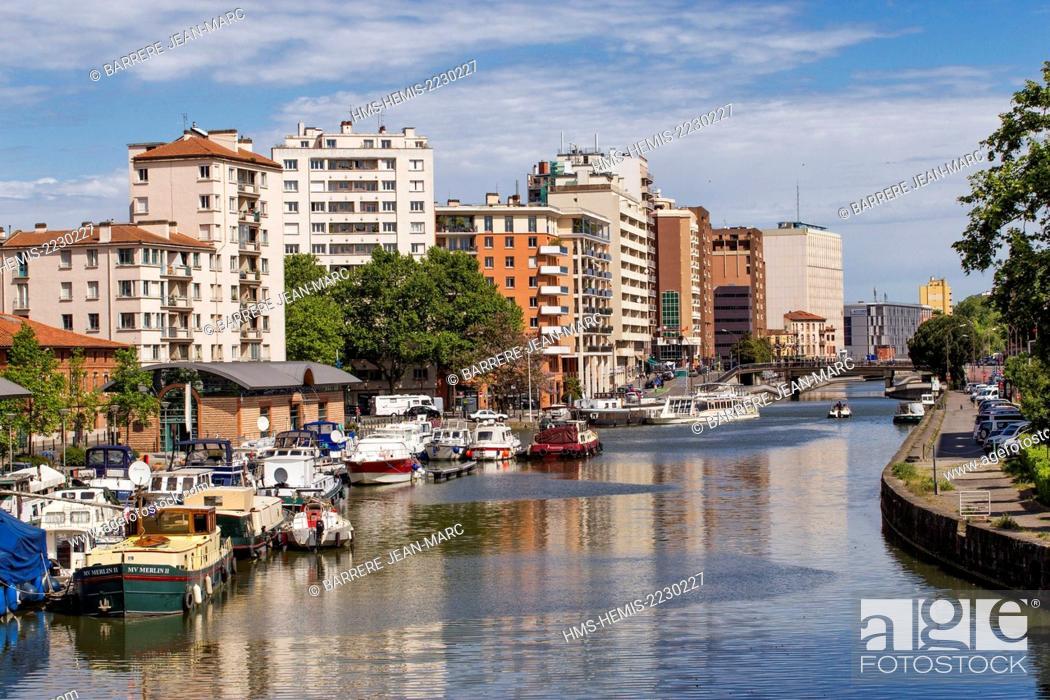 Stock Photo: France, Haute Garonne, Toulouse, Port Saint Sauveur, the Canal du Midi listed as World Heritage by UNESCO.